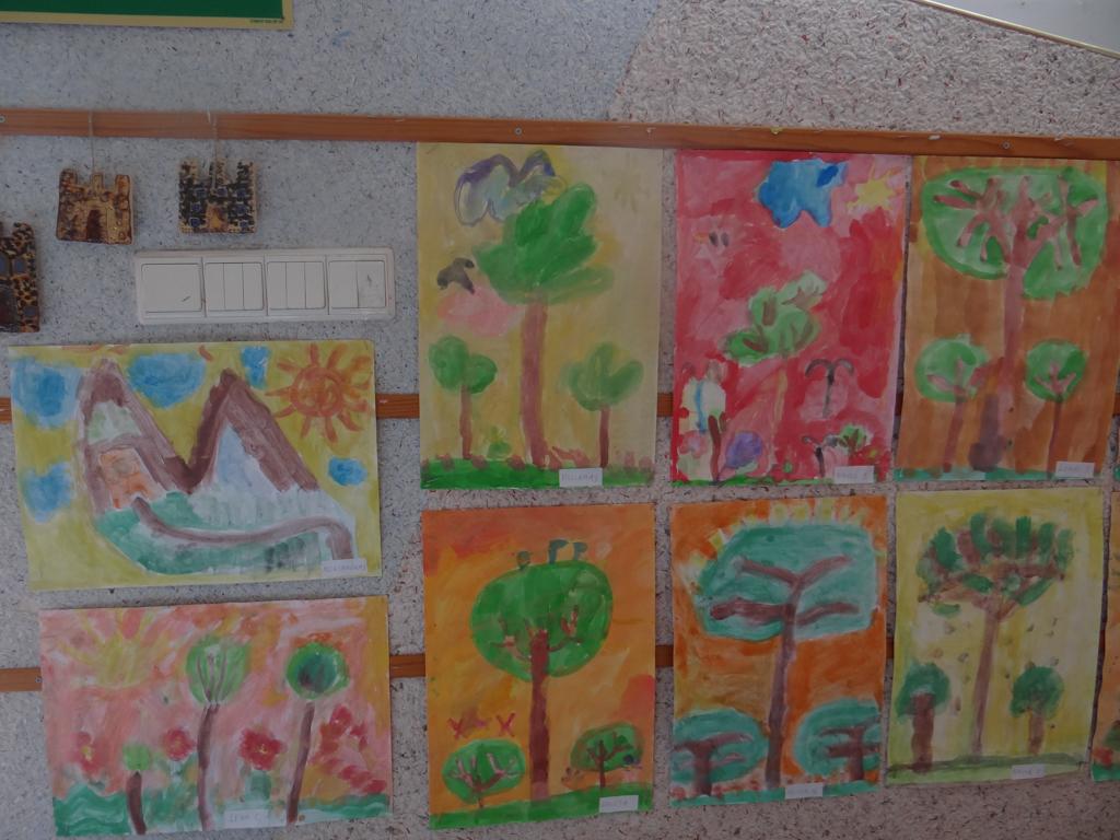 """Wystawa """"M.K Czurlanis oczami dzieci"""""""